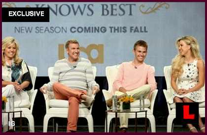 Savannah, Chase Chrisley Knows Best in Malibu, Cast Heads to LA: EXCLUSIVE